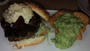 Action Burger – Golden Cheesemas mit Blattgold