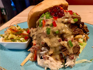 Action Burger Texas The Sloppy Roasted Beef Burger